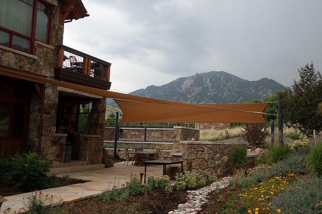 install shade sails logan homes